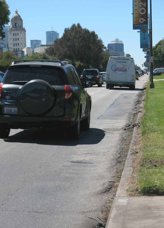 Santa Monica Blvd pavement irregularities