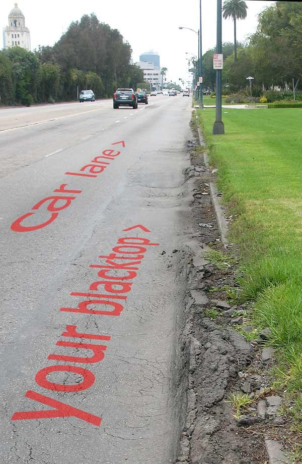 Santa Monica Boulevard pavement irregularities