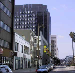 Wilshire Boulevard looking west