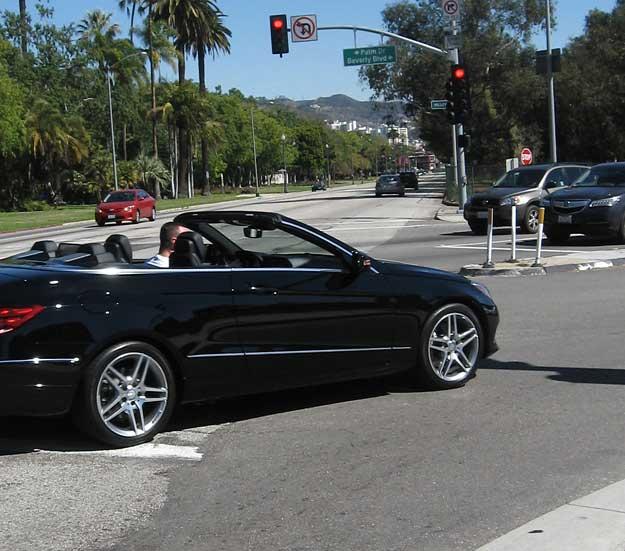 Santa Monica-Beverly Boulevard puts motor traffic before bike travelers.